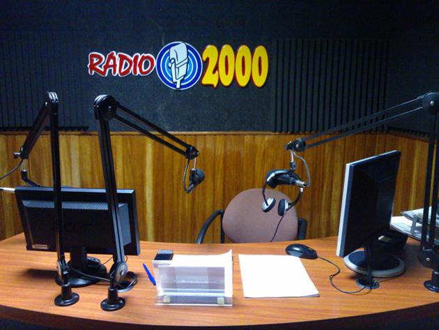 radio-2000-2
